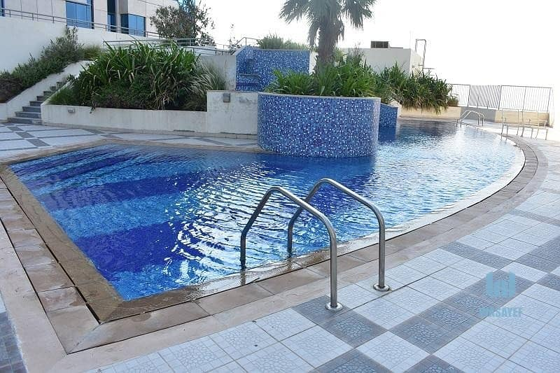 2 AMASING FULL FLOOR 4BHK WITH AMAIDS ROOM ON SHEIKH ZAYED ROAD!