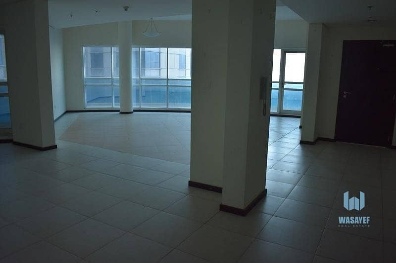 20 AMASING FULL FLOOR 4BHK WITH AMAIDS ROOM ON SHEIKH ZAYED ROAD!