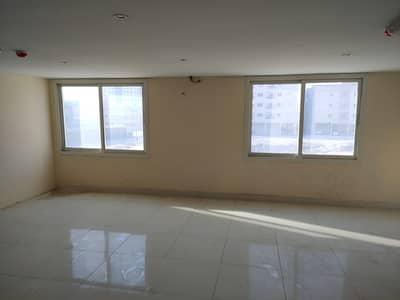 Office for Rent in Al Rawda, Ajman - An office for rent in Al Rawda 1, suitable for gym centers or a children's arts center