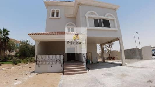 فيلا تجارية 4 غرف نوم للايجار في مدينة شخبوط (مدينة خليفة ب)، أبوظبي - Stand Alone 4 BR+M | Huge Yard | Luxurious Finishing
