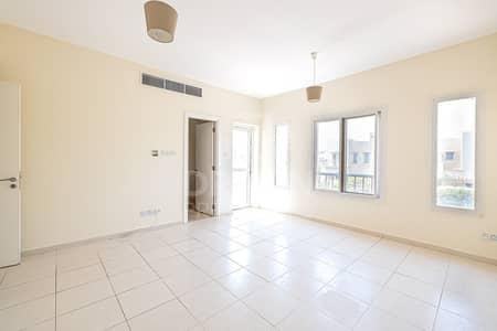 فیلا 3 غرف نوم للبيع في الينابيع، دبي - Upgraded | Rented | Back to Back | Large