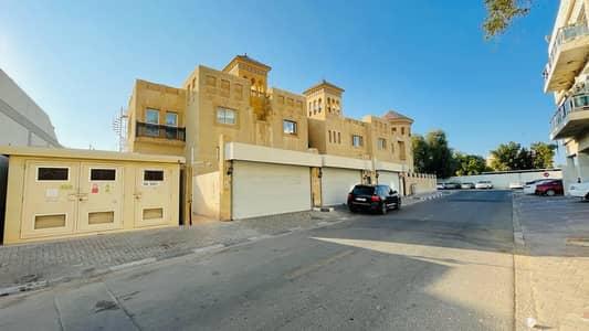 فیلا 2 غرفة نوم للايجار في ديرة، دبي - فیلا في البراحة ديرة 2 غرف 55000 درهم - 5165693