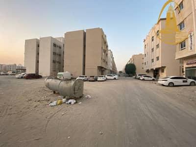 ارض تجارية  للبيع في مويلح، الشارقة - FOR SALE A COMMERCIAL LAND IN MUWEILAH AREA