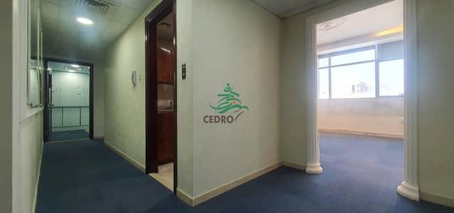 مکتب  للايجار في شارع السلام، أبوظبي - Luxury office type apartment in alsalam street