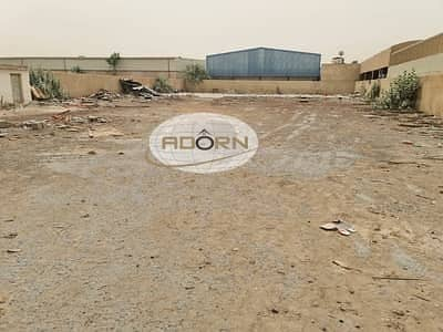 ارض صناعية  للبيع في القوز، دبي - On main road 44500 square feet for sale  great investment opportunity