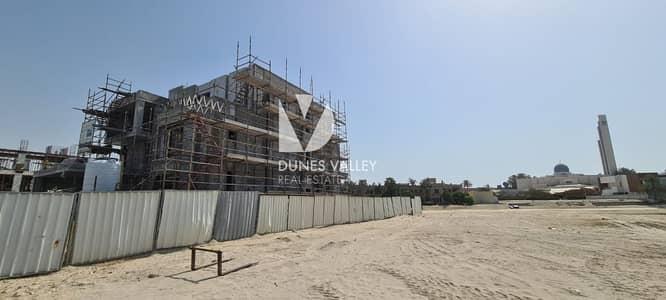 9 Bedroom Villa for Sale in Palm Jumeirah, Dubai - Massive 9 Bedrooms Villa | Handover Dec 2021