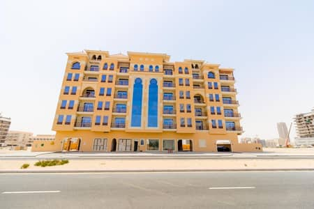 3 Bedroom Apartment for Rent in Dubailand, Dubai - Exceptional 3 B/R with Huge Balcony   Closed Kitchen & Separate Laundry Area  Majan