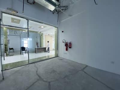 محل تجاري  للايجار في أم الشيف، دبي - محل تجاري في SKB بلازا أم الشيف 109200 درهم - 5170391