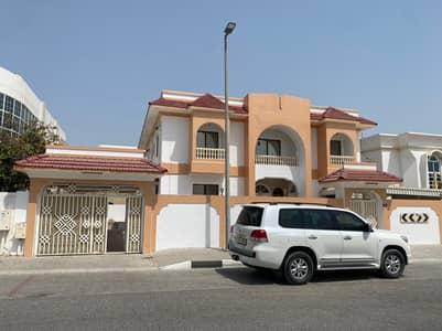 5 Bedroom Villa for Rent in Al Falaj, Sharjah - Large two storey villa for rent   Sharjah / Al Falaj is a very special loca