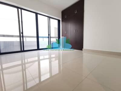 شقة 1 غرفة نوم للايجار في المرور، أبوظبي - Clean|Long Balcony|Built-in cabinet|Modern Glossy Tiled|4 chqs