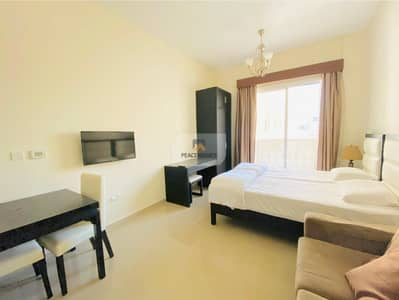 READY TO MOVE   QUALITY LIVING   FURNISHED STUDIO