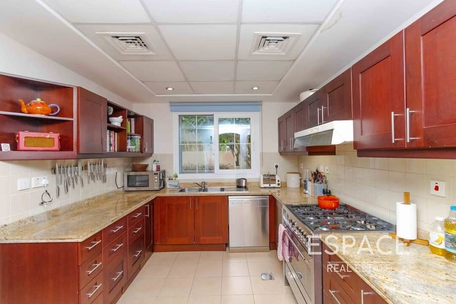 2 Extended | Single Row | 3M | Nearby Lake