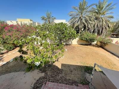 5 Bedroom Villa for Rent in The Meadows, Dubai - Spacious 5 BR Villa + Maid Room I Rent I Type 13 Villa