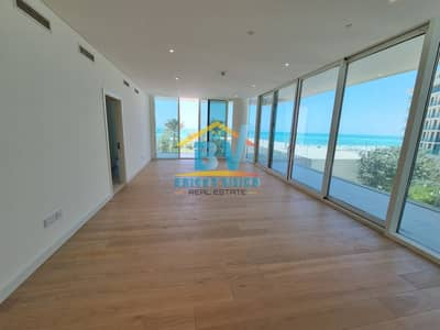 2 Bedroom Apartment for Sale in Saadiyat Island, Abu Dhabi - Ready To Move| Full Sea View 2BHk| With Beach Access |Maids | Balcony