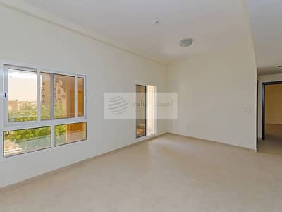 1 Bedroom Flat for Sale in Remraam, Dubai - Investor Deal|Rented till March2022|Closed Kitchen