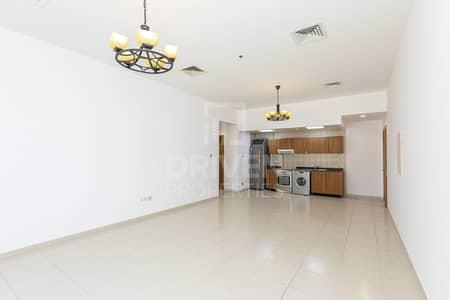 شقة 1 غرفة نوم للايجار في قرية جميرا الدائرية، دبي - Spacious unit   Terrace   Community View
