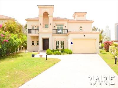فیلا 4 غرف نوم للايجار في جزر جميرا، دبي - Huge 4 Bed Villa with private swimming pool | Grand Entrance