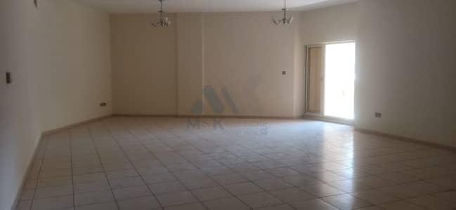 شقة 2 غرفة نوم للايجار في بر دبي، دبي - شقة في ام ھریر 2 أم هرير بر دبي 2 غرف 73000 درهم - 5173078