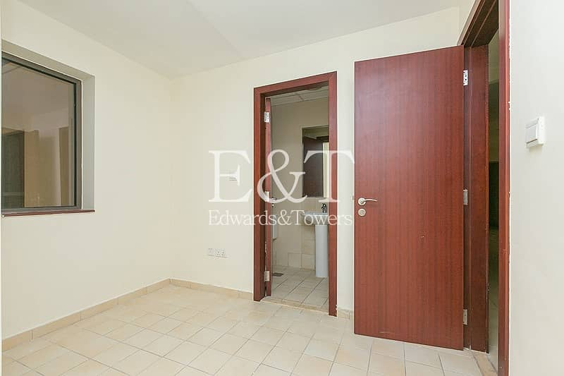 17 Fabulous 3 BR | Partial Sea View | Ready to Move