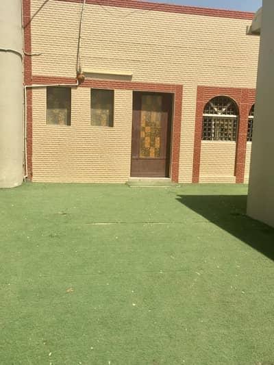 فیلا 4 غرف نوم للايجار في مشيرف، عجمان - . فيلا 4 غرف نوم للإيجار فقط 50 ألف مع تكييف   مجلس وصالة كبير في المشرف بعجمان