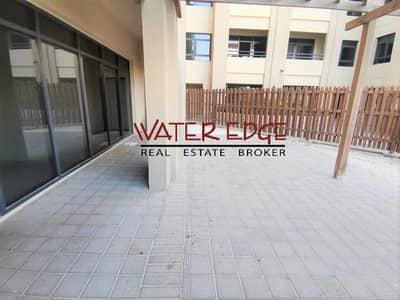 شقة 3 غرف نوم للايجار في الروضة، دبي - Huge 3BR + Laundry | Private Courtyard | Vacant