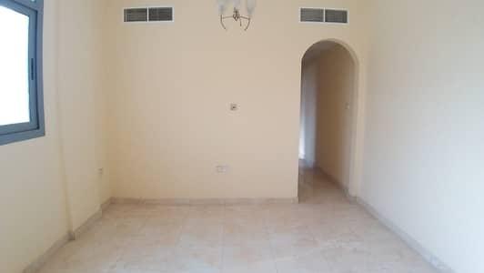 فلیٹ 1 غرفة نوم للايجار في بوطينة، الشارقة - شقة في بناية بوطينة 2 بوطينة 1 غرف 17000 درهم - 5176031