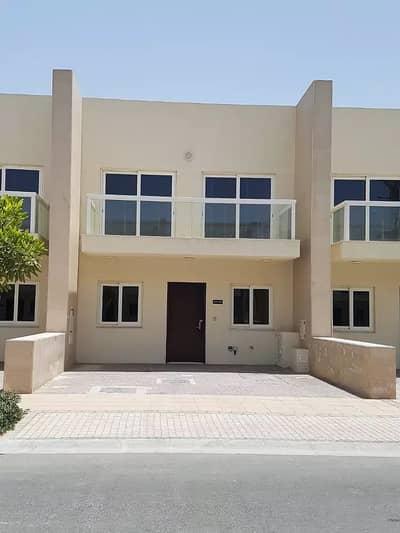 فیلا 3 غرف نوم للايجار في المدينة العالمية، دبي - فیلا في قرية ورسان المدينة العالمية 3 غرف 85000 درهم - 5176164