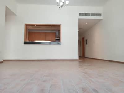 فلیٹ 2 غرفة نوم للايجار في النهدة، دبي - شقة في النهدة 1 النهدة 2 غرف 51991 درهم - 4618687