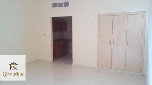 استوديو  للايجار في المدينة العالمية، دبي - Emirates Cluster - Ready to move Studio Apartment With balcony.