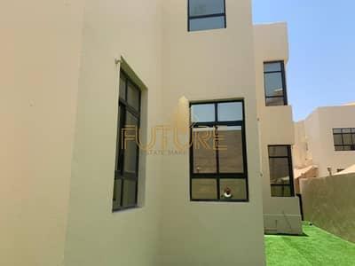 4 Bedroom Villa for Rent in Shakhbout City (Khalifa City B), Abu Dhabi - Huge 4 Master Bedroom Villa Inside Compound