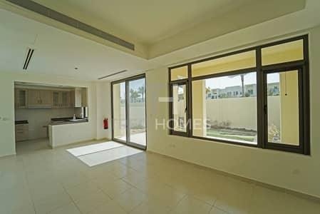 فیلا 4 غرف نوم للبيع في ريم، دبي - Vacant Type G   Single Row   Near Pool  