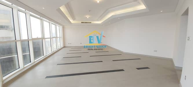 4 Bedroom Apartment for Rent in Corniche Road, Abu Dhabi - High Quality & Spacious 4 Bedroom Apartment | Maids  and Huge Balcony
