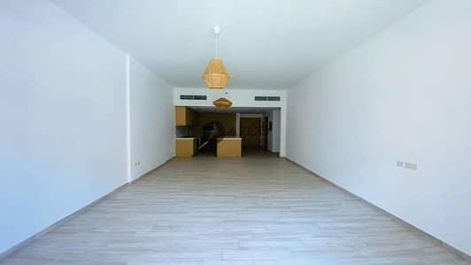 فلیٹ 1 غرفة نوم للايجار في قرية جميرا الدائرية، دبي - Spacious Living | Pool view | Modern Design