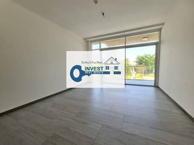 1 Bedroom Flat for Rent in Jumeirah Village Circle (JVC), Dubai - Pool View | Spacious and Bright | Kitchen Equipped