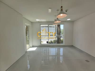 4 Bedroom Townhouse for Sale in Al Reem Island, Abu Dhabi - Upgraded Townhouse with Private Garden  Modern Layout