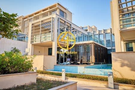5 Bedroom Villa for Sale in Al Raha Beach, Abu Dhabi - Stylish & Beautiful 5 BR  Villa  in Perfect Com