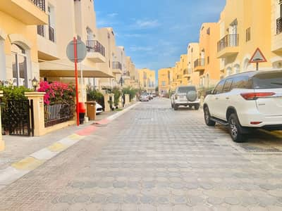 SPECIOUS 05 BEDROOMS(03 MASTER BEDROOMS)COMPOUND VILLA WITH BACK YARD,GYM,POOL,KIDS PLAYING AREA,PARKING,MAIDS ROOM,DRIV