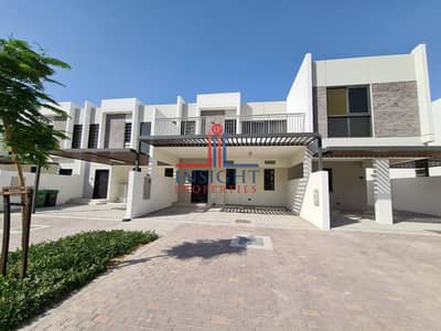 3 Bedroom Villa for Rent in Akoya Oxygen, Dubai - WELL MAINTAINED 3 BEDROOM + MAIDS TOWNHOUSE