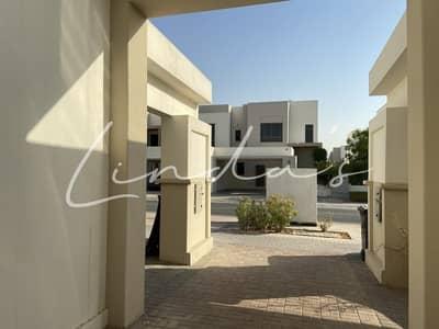 فیلا 3 غرف نوم للايجار في تاون سكوير، دبي - Well Maintained Hayat Townhouse Single Row Type 6