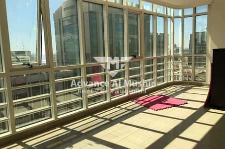 Spacious 3BHK+3Bath in Khalidiya near Sheraton Hotel for 90K!