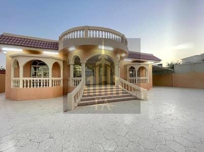 VILLA AVAILBLE FOR RENT 4 BEDROOM HALL IN HAMIDIYA AJMAN RENT 80,000/- YEARLY