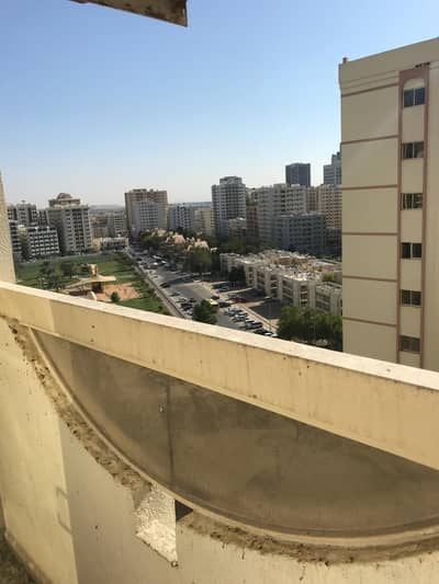 3 Bedroom Flat for Rent in Abu Shagara, Sharjah - ONE MONTH FREE 3 BHK WITH 3 BATHROOMS, CENTRAL AC, SEPARATE HALL ONLY IN 30K IN ABU SHAGARA SHARJAH