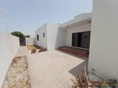 3 Bedroom Villa for Rent in Umm Suqeim, Dubai - Excellent 3BR Villa + Maid | Located Near Beach