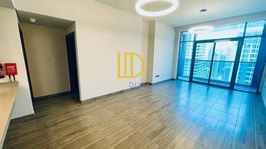 2 Bedroom Apartment for Rent in Jumeirah Lake Towers (JLT), Dubai - JZ - Lake View - Maid's Room - Balcony - Brand New