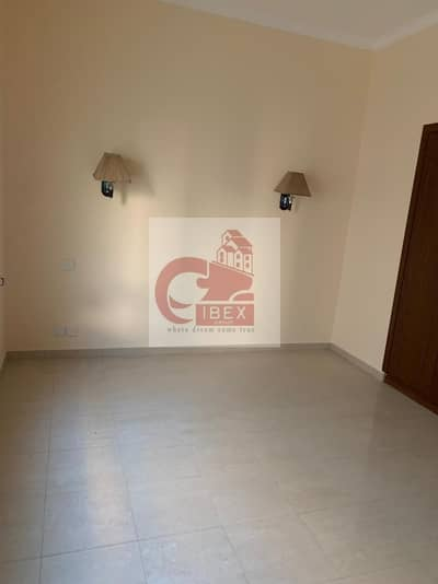 HOT DEAL 2BHK WITH ONE  MONTH FREE IN BUR DUB AI @55K