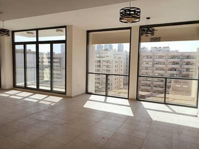 شقة 3 غرف نوم للايجار في بر دبي، دبي - شقة في المنخول بر دبي 3 غرف 80000 درهم - 5170004