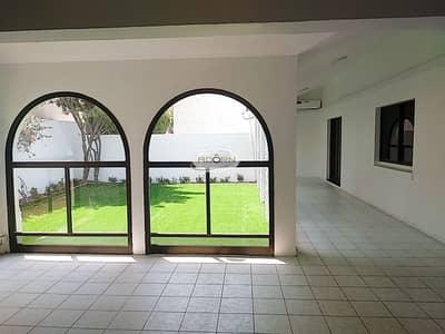 3 Bedroom Villa for Rent in Jumeirah, Dubai - Single storey 3 bedroom villa for rent