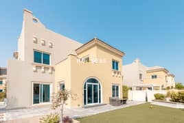 Luxurious 5BR Villa | Golf Course View | Maid Rooms