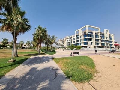 مبنى سكني  للبيع في مثلث قرية الجميرا (JVT)، دبي - Full Building for sale|On the park|B+G+4|