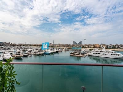 3 Bedroom Apartment for Sale in Palm Jumeirah, Dubai - Breathtaking sea view | Spacious layout | Resale